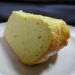 坪屋 - これがイチオシのシフォンケーキ! やみつきです(^^)