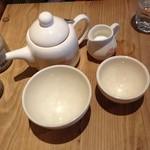 26394834 - 大きなカップの紅茶