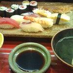 鮨割烹 点前 - 料理写真:寿司ランチ1000円
