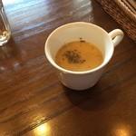 サッドカフェ - スープ。どこでも食べたことない味。