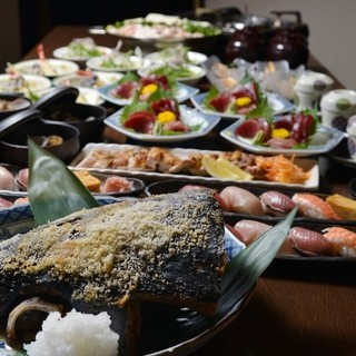 沼津港から直送した新鮮な魚介類