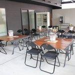 肉の郷 ちべ - 2階にはテラス席もご用意しています。(要予約)10名様以上にて貸し切り可能です。