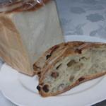 26433328 - 食パン カットしたロデブ クルミレーズン