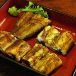 菊菱 - 2014/04/06再訪 塩焼の鰻は4切れです