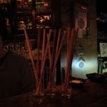 コットンダンサー - 今からテーブルに運ばれるグリッシーニ