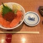 26443091 - 鮭親子丼