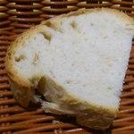 ビルーチェ - 自家製トスカーナのパン