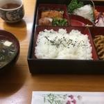 居酒屋 藤 - ランチ弁当(600円)