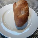 26456934 - パン 私には説明なかったですが、お米のパンと説明してました。