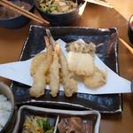 26459098 - 大人気の 「 徳家定食 」  ¥740