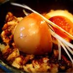 椿 - チャーシュー丼  ¥300