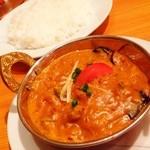 リアル - 晩御飯第二弾は、チキンとナスのカレー!(^ー^)ノここのインドカレーは美味いなぁ( ̄▽ ̄) 今日はライスで頂きました(^○^)