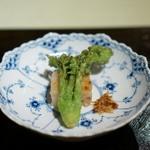 ワキヤ 一笑美茶樓 - 大根餅と季節の揚げもの