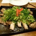 竹の庭 - 鶏の鉄板焼き
