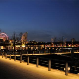 窓席は2席!!すぐ横の席も横浜港は見えます。