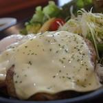 PiPi - 料理写真:ダブルチーズロコモコ