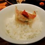 博多 一風堂 - 2014年4月18日(金) Aセット(おかわり自由の白ごはん&餃子5個)はラーメン類に+100円