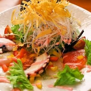 野菜、米は契約農家から仕入れています。