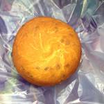 ウィリー ウィンキー - 紫芋パン