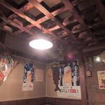 おらが村 - テーブル席の天井