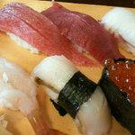 265678 - おまかせ寿司の左半分のアップ