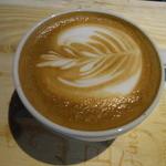 live cafe G - 店員全員がラテアートの練習に取り組んでおります♪