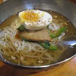 焼肉とも - 冷麺ハーフ ¥450