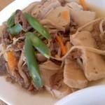 みーる食堂 - メインの、牛肉と高野と茸煮
