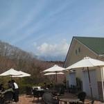 cafe naturel - テラス席からは富士山が…雲で隠れていました(笑)