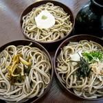 松本蕎麦店 - 三味割子そば 830円 (山かけ、山菜)