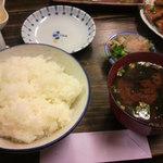 濱田 - ご飯セット300円(ご飯、御新香、味噌汁)
