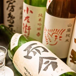 直接蔵元に足を運び厳選する日本酒