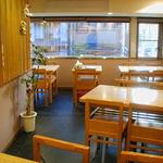 京のカレーうどん味味香 - 二階テーブル席