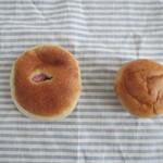 26553696 - 桜あんぱん と 丸パン
