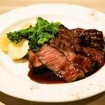 びすとろ UOKIN - 2014.3 牛ハラミのステーキ 赤ワイン フォンドヴォーソース(980円)