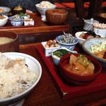 自然のめぐみ料理 豆豆菜菜 -