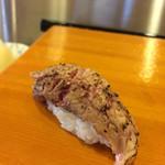 小判寿司 - マグロのほほ肉!!