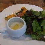 ピッツェリア ルナ - ランチ(1450円)の前菜。じゃがいものスープがうまい