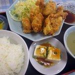 王府 - 【鶏天定食:750円】