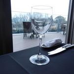 タワーレストラン ヨコハマ - 窓から氷川丸が見えます