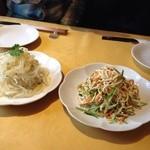 上海厨房 味楽 - クラゲと豆腐干し(千千)