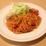 ジョイフル - 料理写真:サラダ&ナポリタン 519円☆(第四回投稿分①)