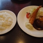 ぐりる樹林亭 - ビーフハンバーグ卵付き & 海老フライ