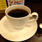 26576645 - ケーキセット:紅茶のシフォンケーキと珈琲:650円