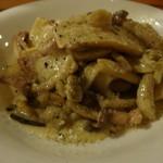 カーヴリシェ - 大山鶏の小肉(せせり)のソテー、クリームポルチーニソース(1,800円)