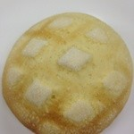 Shirokanepampandou - 焼き立てのメロンパン