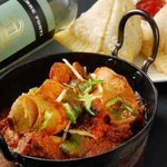 インド料理 ダルバール - サモサ チキン・ド・ピアザ 白ワイン