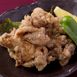 宮崎料理 万作 - 霧島鶏の塩唐揚げ