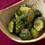 宮崎料理 万作 - たたき胡瓜