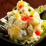 カヤバル - ブルーチーズのポテトサラダ